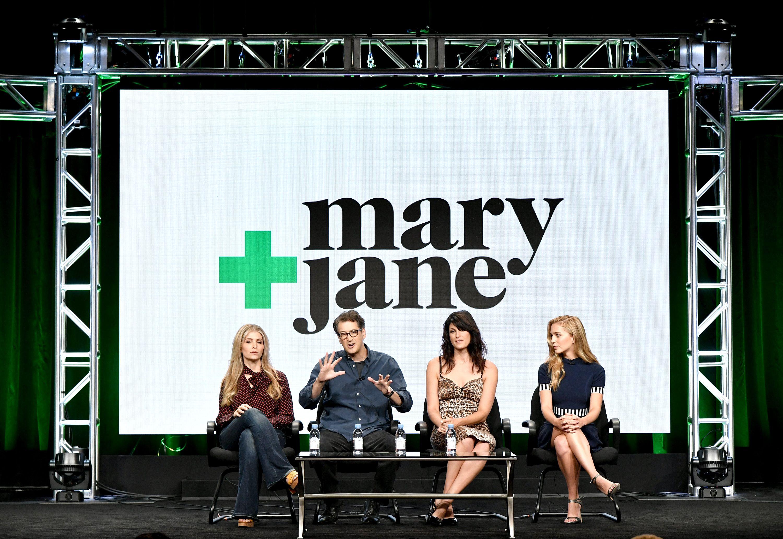 Mary + Jane, la nuova comedy di MTV con Snoop Dogg