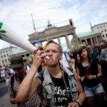 A Berlino i ricercatori richiedono 25.000 fumatori occasionali di cannabis per uno studio