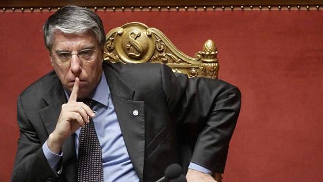 Giovanardi non si ricandider al parlamento italiano la for Lavorare al parlamento italiano
