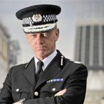 """Ex commissario Hogan-Howe: """"Il governo del Regno Unito deve esaminare la legalizzazione della cannabis"""""""