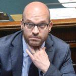 """Ministro Fontana: """"Cannabis Light Messaggio Negativo"""" – Richiesta una stretta repressiva anche sulla modica quantità per uso personale"""